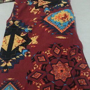 Lularoe leggings one size NWOT Aztec print maroon